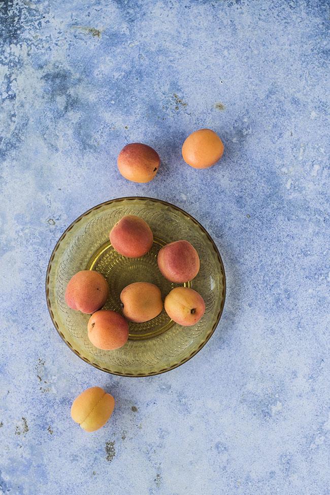 Messy blue is een blauwe fotografie backdrop, perfect voor food fotografie
